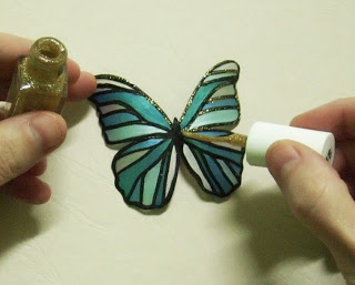 Butterfly-Made-with-Plastic-Bottles-10