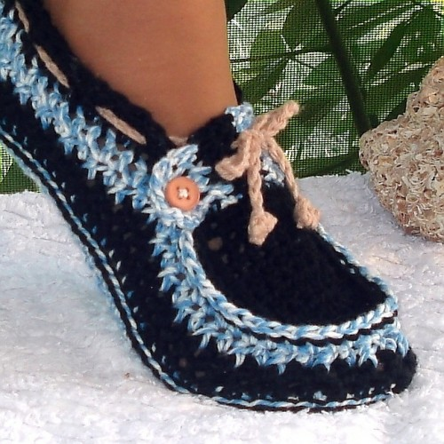 Crochet-Adult-Button-Loafers pattern2