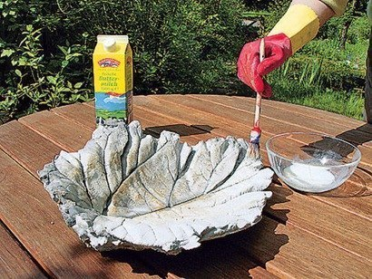 DIY-Sand-Cast-Birdbath-in-Leaf-Shape07