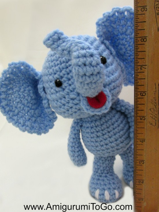 10 Crochet Elephant Patterns (FREE) | BeesDIY com