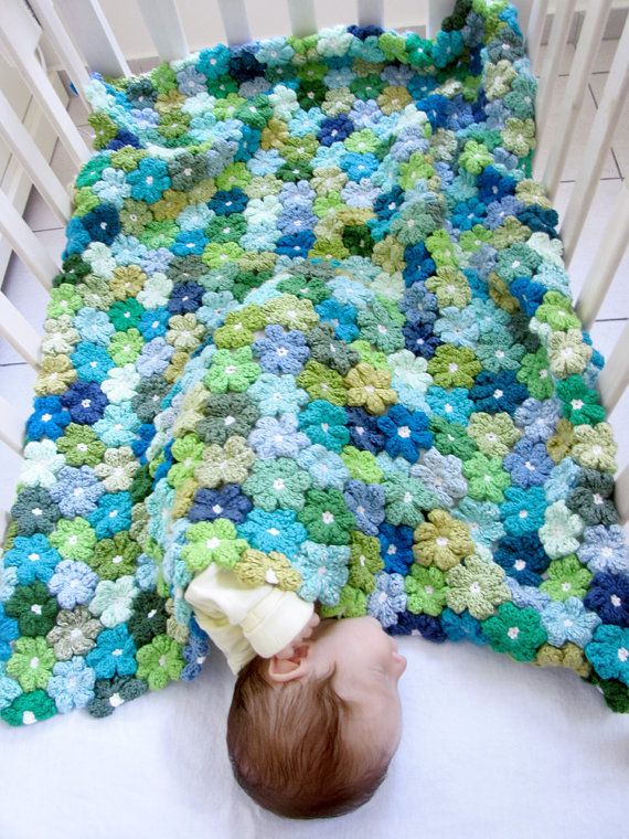 6-petal-puff-stitch-crochet flower-blanket