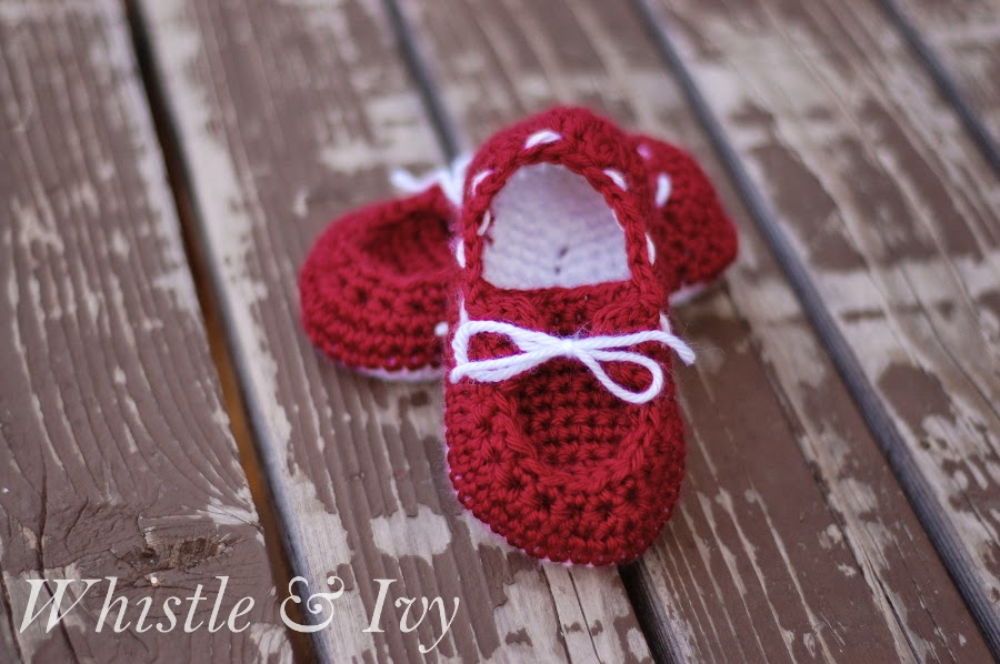 red toddler boats hoes Free Crochet Pattern
