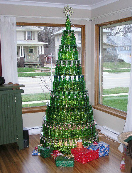 20-Unique-DIY-Christmas-Tree-Ideas-and-Projects-Anyone-Will-Love15