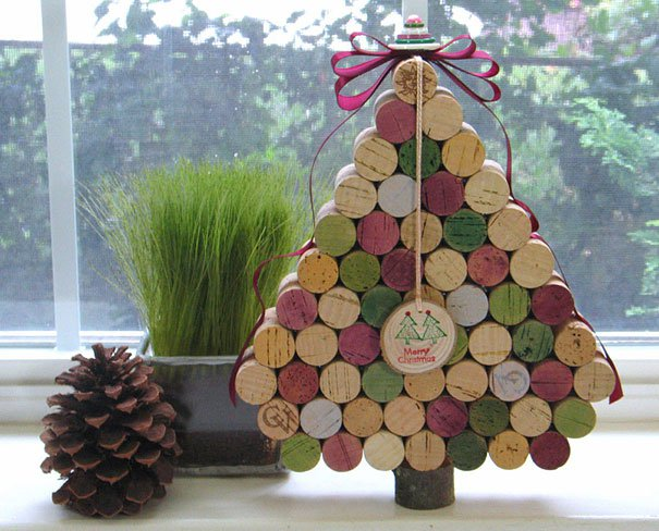 20-Unique-DIY-Christmas-Tree-Ideas-and-Projects-Anyone-Will-Love18