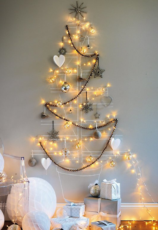20-Unique-DIY-Christmas-Tree-Ideas-and-Projects-Anyone-Will-Love2
