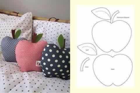 Creative-DIY-Pillow-Ideas-13