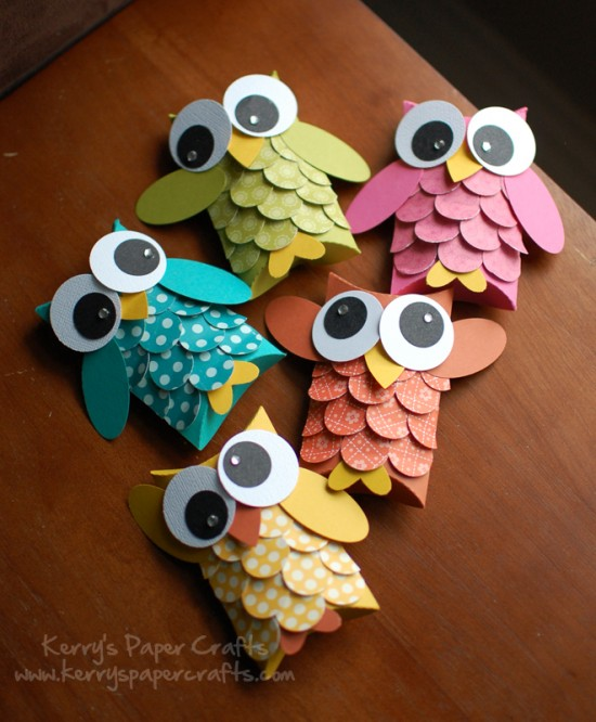 DIY Owl-Ornaments from paper rolls
