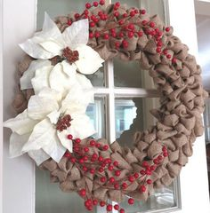 20-DIY-Christmas-Wreath-Ideas-and-Projects-to-Adore-Your-Home18