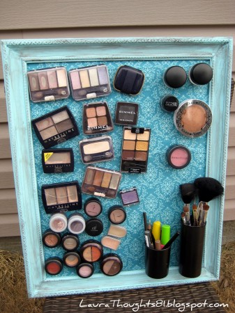 50-Home-Storage-Solutions-Ideas-Make-up-Magnet-Board