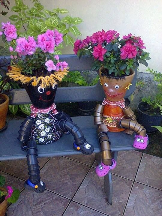 How-to-DIY-Clay-Pot-Planter-People-10