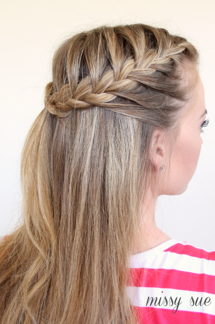 How-to-Make-French-Braid-Hairstyle-Tutorial-Half-Up-French-Braid