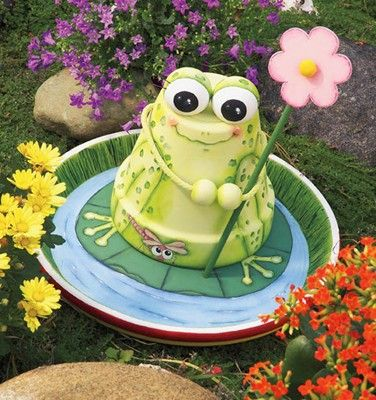 20+ Amazing Clay Pot DIY Projects for Your Garden12