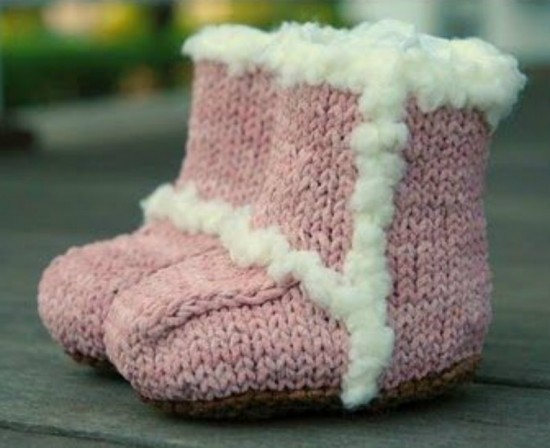 knit Baby Booties FREE Pattern - Ugg Style