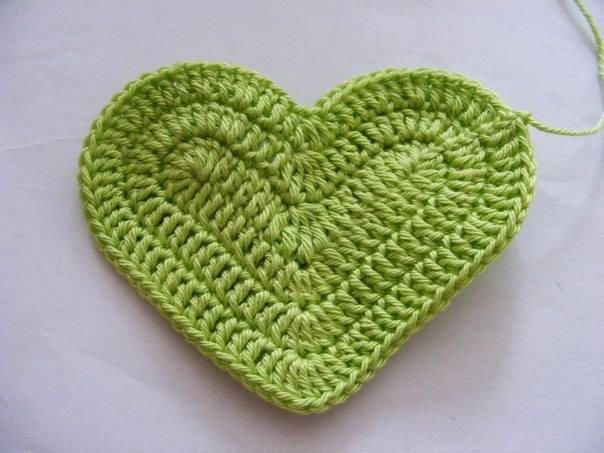 Crochet-3D-Heart-free-pattern07