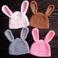DIY-Adorable-Crochet-Bunny-Hat-2