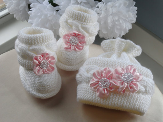 Knit Hat Booties for Baby - Super Cute Patterns7
