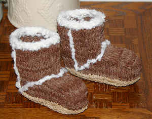 knit Baby Booties FREE Pattern - Ugg Style3