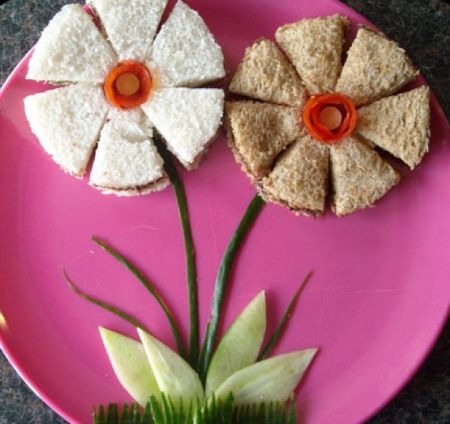 0+ Creative Sandwich Ideas-flower