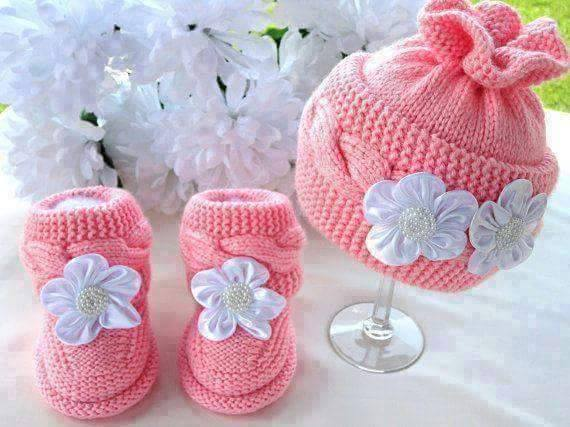 Knit Hat Booties for Baby - Super Cute Patterns3