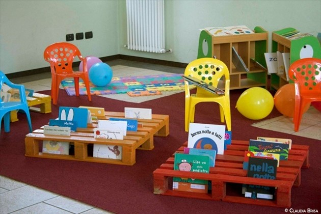 10 Incredibly Useful DIY Kids Pallet Furniture Projects4