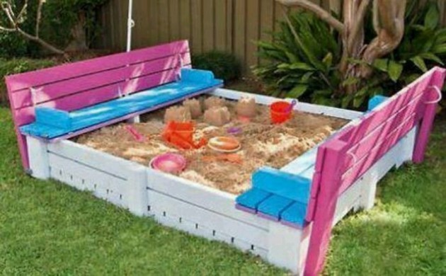10 Incredibly Useful DIY Kids Pallet Furniture Projects5