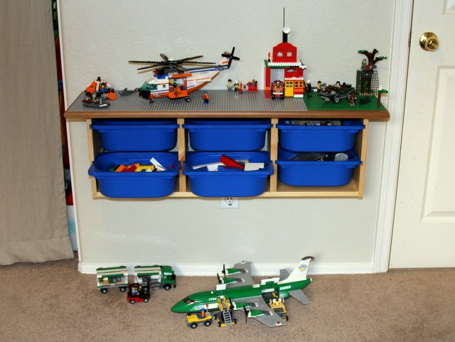 8 Awesome DIY Lego Tables for Kids6