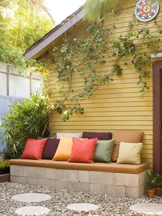 20 Creative Ideas to Use Concrete Blocks for Your Home1