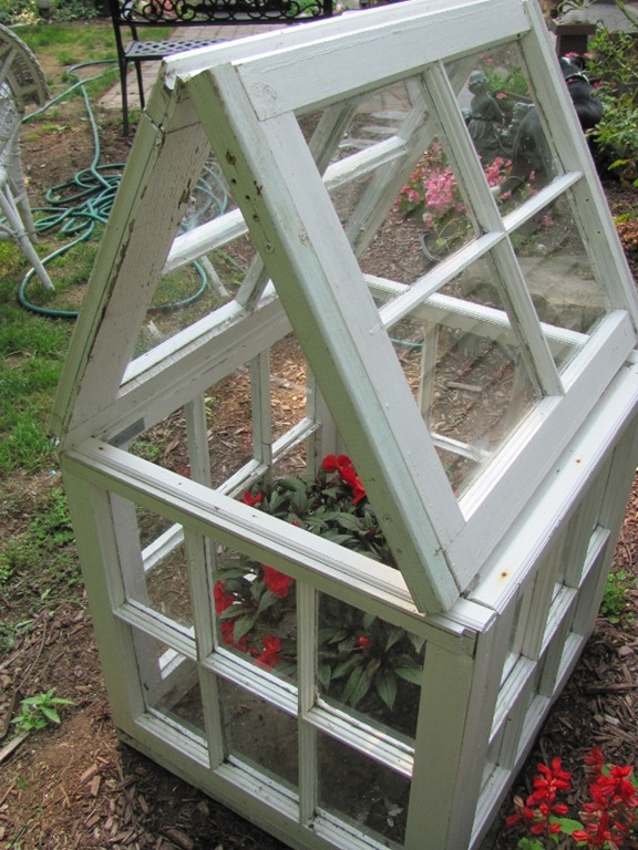 40 awesome ideas to Reuse Old Windows4
