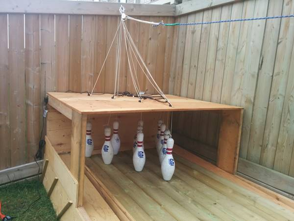 DIY Bowling Alley for backyard1