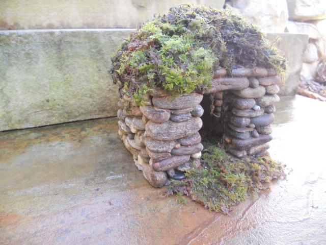 DIY Miniature Stone Fairy House7