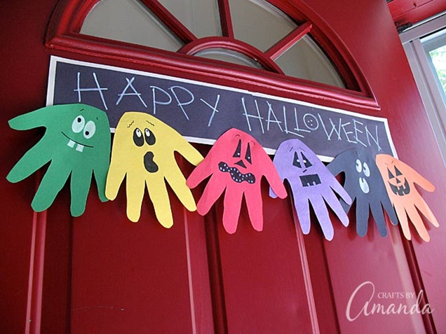 kids-halloween-handprint-and-footprint-ideas-banner-tutorial
