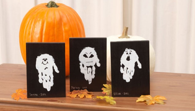 kids-halloween-handprint-and-footprint-ideas-ghost-tutorial3