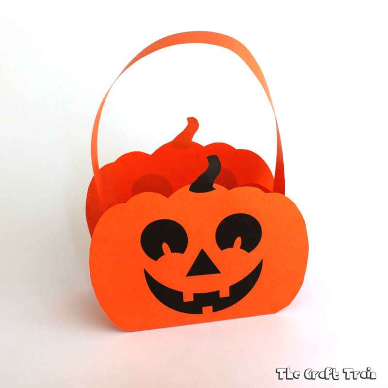 DIY Paper Pumpkin Basket